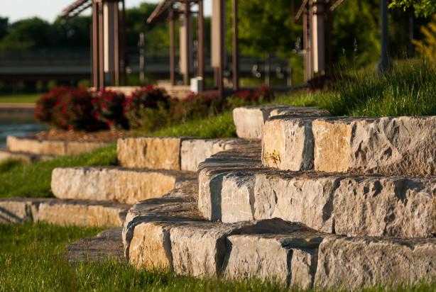 Lk Architecture Landscape Architecture Arkansas River Drury Plaza Wichita Ks 01