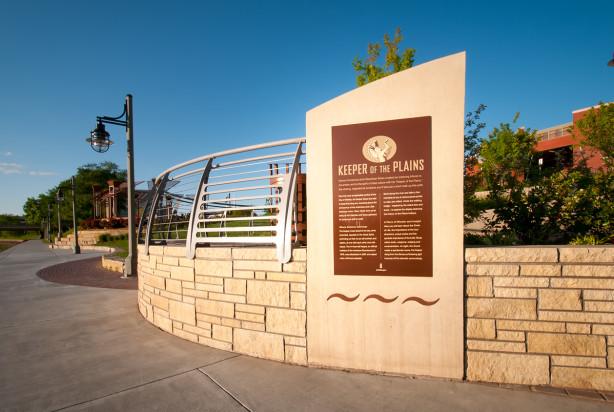 Lk Architecture Landscape Architecture Arkansas River Drury Plaza Wichita Ks 02