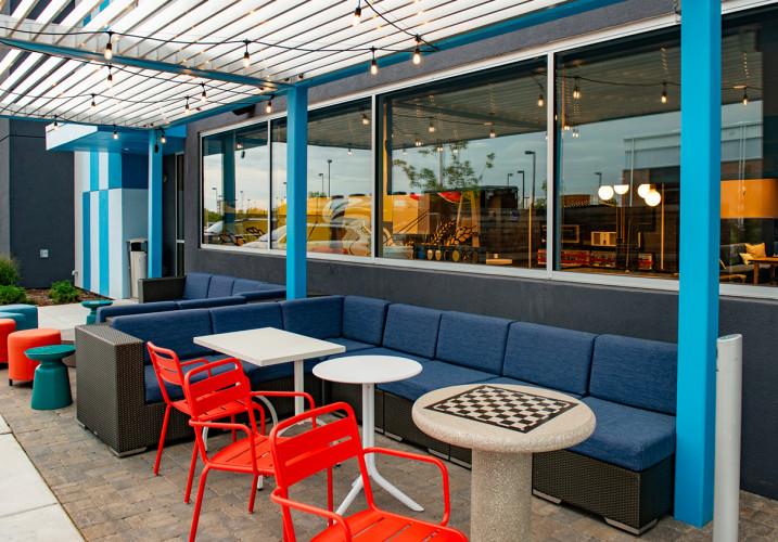 LK Architecture Hospitality Tru Hotel Wichita KS 03