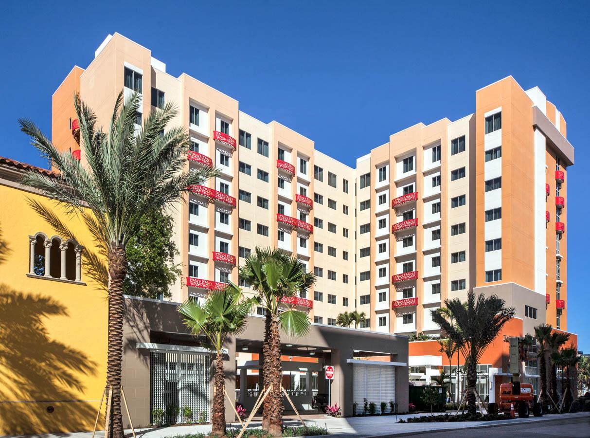 Courtyard Apartments West Palm Beach